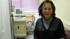 Die pensionierte Ärztin Katerina Papaggika engagiert sich seit drei Jahren in der sozialen Arztpraxis von Elliniko. Rund 1000 Patienten kommen im Monat, um behandelt zu werden.