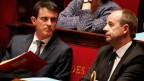 Frankreichs Premier Manuel Valls (l) und Justizminister Jean-Jacques Urvoas an der Parlamentsdebatte über eine Verfassungsreform am 5. Februar 2016.