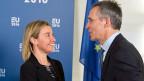 So freundlich wie in jüngster Zeit klang es zwischen Nato und EU schon lange nicht mehr. Von Zusammenarbeit fast ohne Grenzen ist auf einmal die Rede. EU-Aussenbauftragte Federica Mogherini und Nato-Generalsekretär Jens Stoltenberg sagen, schon jetzt stehe man oft Seite an Seite.
