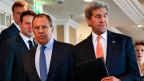 Russland, derzeit der starke Player in Syrien, hat auf den 1. März eine Waffenruhe vorgeschlagen. Realistisch? Bild: Der russische Aussenminister Sergei Lawrow und US-Aussenminister John Kerry an der Sicherheitskonferenz in München.