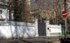 Der Eingang zur Schweizer Botschaft in Teheran
