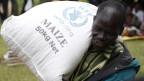 Viele arme Kleinbauern in Entwicklungsländer verlören ihr Land ohne Gegenleistung an die Investoren, kritisiert Hilal Elver.