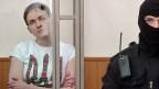 Nadija Sawtschenko während des Prozesses in einem Gericht in Donezk.