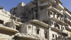 Aleppo ist eine zweigeteilte Stadt. Der eine Teil ist von verschiedenen oppositionellen Gruppen besetzt, der andere Teil von der syrischen Regierung. Und in beiden Teilen gibt es weitgehende Zerstörungen.