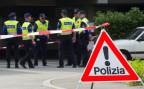 Tessiner Polizisten am Tatort eines Gewaltverbrechens in Chiasso