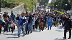 Aus dem Flüchtlingslager ausgebrochen, um der Rückschaffung in die Türkei zu entgehen – auf der griechischen Insel Chios.