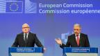 «Wir müssen das geltende Asylsystem ändern. Die Flüchtlingskrise hat es gezeigt: Es funktioniert nicht», sagt EU-Vize-Kommissionspräsident Frans Timmermans (links). Neben ihm der EU-Kommissar für Migration Dimitris Avramopoulos.