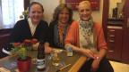 Sie mögen die Raucher: Die Wirtinnen Dandra Krummenacher, Margrit Windlin und die Serviertochter Isabelle im Café La Suisse in Luzern.