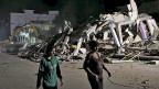 Noch immer steigt die Opferzahl nach dem verheerenden Erdbeben in Ecuador. Bild: Zerstörtes Haus in Portoviejo an der Pazifikküste.