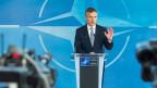 Ein kleines bisschen Bewegung und Berechenbarkeit: Die vorsichtige Annäherung zwischen der Nato und Russland. Bild: Nato-Generalsekretär Jens Stoltenberg an der Medienkonferenz in Brüssel.