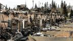 Knapp 90'000 Einwohner haben in den vergangenen Tagen vor den verheerenden Bränden in und um Fort McMurray flüchten müssen.