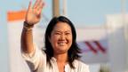 Perus Präsidentschaftskandidatin Keiko Fujimori kann auf quetschua «Guten Tag» sagen.