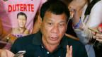 Präsident Roberto Duterte sagt u.a. den Drogenbossen den Krieg an.