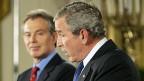 Wie US-Präsident Bush verbreitete auch der damalige britische Premier Tony Blair die Mär von den Massenvernichtungswaffen – und schickte seine Truppen in den Krieg.