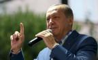 der türkische Präsident Erdogan spricht nach dem Putschversuch zu seinen Anhängern
