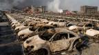 Bei der Katastrophe waren das Lager und seine Umgebung komplett zerstört worden, mindestens 165 Menschen starben.
