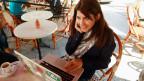 Die tunesische Bloggerin Lina Be Mhenni ruft im Internet zusammen mit ihrem Vater Sadok zu Buchspenden für Gefängnisse auf.