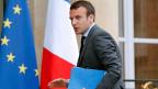 Er nimmt den Hut: der französische Wirtschaftsminister Emmanuel Macron.