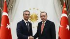 Nato-Generalsekretär Jens Stoltenberg (links) und der türkische Präsident Recep Tayyip Erdogan in Ankara, am 8. September 2016.