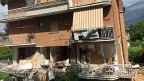 Blick auf ein vom Erdbeben zerstörtes Wohnhaus in Amatrice.