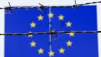 Wenn Entwicklungen in der Nachbarschaft die  Sicherheit, die Freiheit und den Wohlstand der EU  bedrohten, müsse diese intervenieren können. Das könne sie nur als starker Akteur. Sich lediglich auf Frankreich und allenfalls die NATO zu verlassen, reiche nicht, sagt der EU-Aussenpolitik Experte.