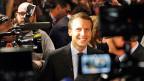 «In allen wichtigen Fragen einigt man sich in den traditionellen Parteien auf faule Kompromisse», sagt Emmanuel Macron. Er bleibt bei der Diagnose – kein Programm für eine Alternative, nicht an diesem Abend.