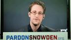 Es ist unwahrscheinlich, dass Edward Snowden straflos in die USA heimkehren darf. Präsidentschaftskandidatin Hillary Clinton erklärte, er solle vor Gericht. Ihr Gegner Donald Trump verlangt seine Hinrichtung.