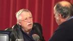 Wolf Biermann (links) im Gespräch mit SRF-Deutschlandkorrespondent Peter Voegeli.