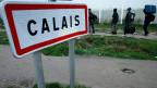 Friedlicher als befürchtet. Frankreich hat begonnen das riesige Flüchtlingscamp bei Calais zu räumen.