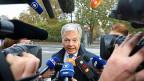 Der belgische Aussenminister Didier Reynders vor den Medien in Brüssel.