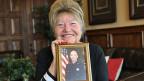 Phyllis Loya mit einem Foto ihres vor zehn Jahren ermordeten Sohnes. Der Mörder sitzt im Hochsicherheitsgefängnis von San Quentin. Sie werde erst ruhen, wenn dieser hingerichtet sei, sagt die Frau.