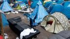 Migrantencamp in der Nähe der Metrostation Stalingrad in Paris.