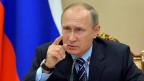 Als einer der ersten Staatschefs weltweit hat der russische Präsident Wladimir Putin dem US-Wahlsieger Donald Trump gratuliert. Er hoffe, dass es ihnen gemeinsam gelingen werde, die russisch-amerikanischen Beziehungen aus der Krise zu holen, meinte er.