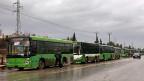 Am frühen Mittwochmorgen sollte die Evakuierung beginnen. 33 Busse standen auf einer Hauptverkehrsstrasse in Aleppo bereit, um Menschen zu evakuieren.