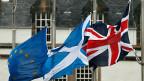 Es bestätigt sich einmal mehr: Die Schottin Nicola Sturgeon spielt ihre Karten klug . Sie gewinnt auf jeden Fall – entweder mit einer schottischen Extrawurst oder dann mit einem guten Grund, erneut für die Auflösung des Vereinigten Königreichs zu kämpfen.