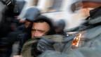 Festnahme eines Demonstranten in St. Petersburg. Symbolbild.