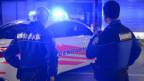 Kein Zuckerschlecken: Polizisten auf Patrouille im Kanton Waadt.