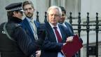 Schon in den nächsten Tagen werde er ein kurzes straffes Gesetz vorlegen, das die Regierung zum Austritt ermächtige. Aber der «Brexit» werde stattfinden. «Brexit»-Minister David Davis nach dem Urteil des Supreme Court.
