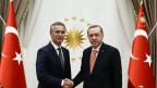 Der türkische Präsident Recep Tayyip Erdogan (rechts)  und NATO-Generalsekretär Jens Stoltenberg in Ankara am 8. September 2016.