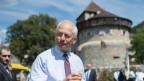 Fürst Hans-Adam II. von Liechtenstein. Ihn kritisieren ist definitiv nicht populär.