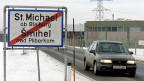 Das ideologisch heikle Problem, die Zweisprachigkeit Kärntens – deutsch und slowenisch – sollte per Verfassungsartikel gelöst werden. Doch nun wackelt die dafür notwendige Zweidrittelmehrheit im Parlament.