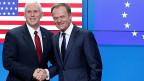 US-Vizepräsident Mike Pennce und EU-Ratspräsident Donald Tusk beim Pressetermin in Brüssel.