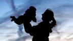 Neu erhalten alle Elternteile Unterhaltsgelder, auch wenn sie nicht verheiratet waren.