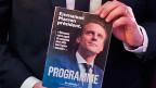 Emmanuel Macron weiss um die Schwierigkeit, seinem Wahlkampfprogramm eine klare politische Heimat zu geben: «Rechts oder links spielt keine Rolle, ich will Frankreich einfach fit machen für das 21. Jahrhundert», sagt er.