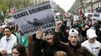 Pro-palästinische Demonstranten rufen in Paris zum Boykott von Israel auf (März 2009).