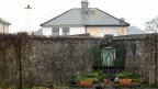 «Wir stahlen ihre Kinder», so der irische Premierminister Enda Kenny vergangene Woche im Parlament, «wir verschenkten sie, wir verkauften sie, wir handelten mit ihnen, wir hungerten sie aus, wir vernachlässigten oder verleugneten sie – bis sie verschwanden.»