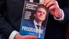 Emmanuel Macron spielt auf die Mitte – ni droit, ni gauche - und will sich als Unabhängiger präsentieren. Was ihm fehlt: die Partei im Rücken.