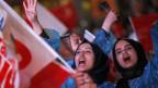 Gewinnerinnen feiern das Ja zur Verfassungsreform in Ankara.