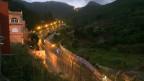 Eine doppelte Zaunreihe befestigt die Grenze zwischen der spanischen Exklave Ceuta und Marokko.