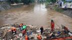 Jakarta wird seit Jahren regelmässig von Fluten überschwemmt.